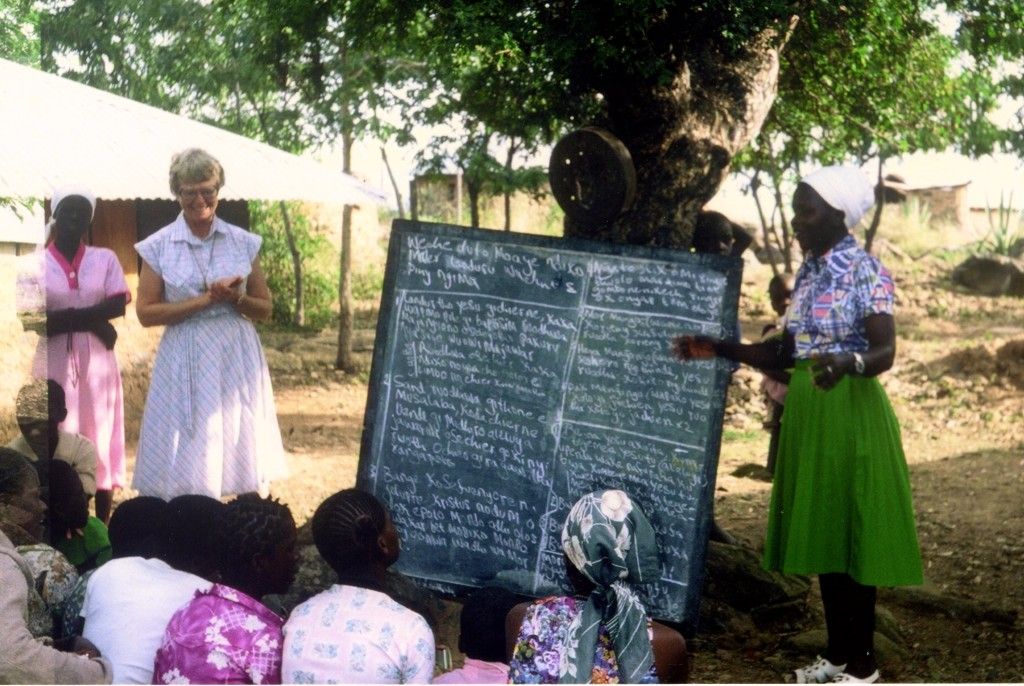 """In the note about this favorite photo from Kenya, Sr. Ruth writes, """"Like Julie, """"Catechism in the fields."""""""